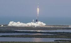 Старт Falcon 9 с кораблём Crew Dragon